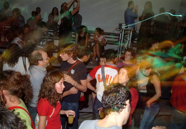 fiestanude2003 (2)