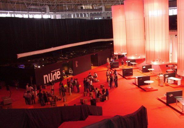 nude2002